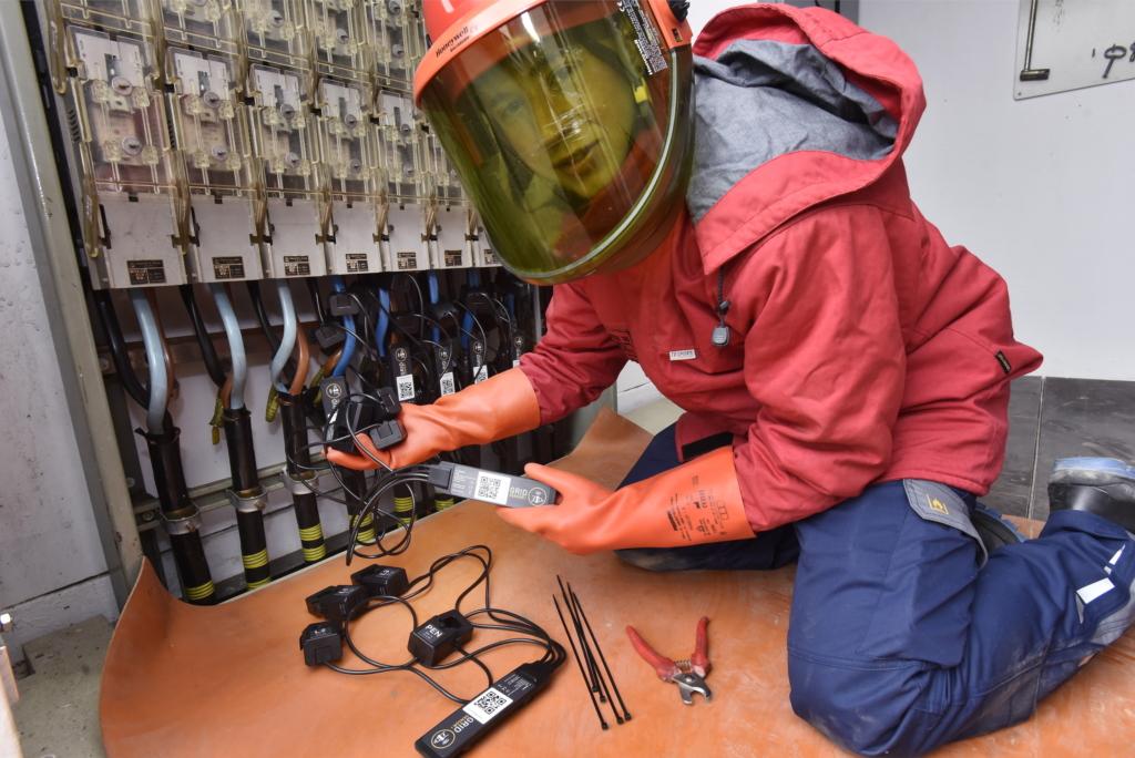 Energiedienst: Einbau SMIGHT-Grid-Sensoren in Trafostation